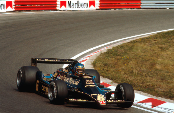 1978 Dutch Grand Prix.Zandvoort, Holland.25-27 August 1978.Ronnie Peterson (Lotus 79 Ford). 2nd position. Ref-78 HOL 02.World Copyright - LAT Photographic