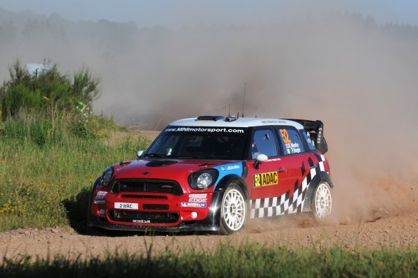 Kris Meeke (GBR), Mini John Cooper Works, on stage 7.