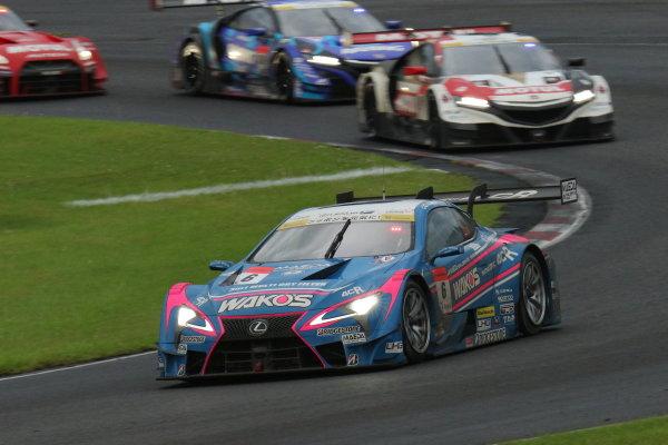 2017 Japanese Super GT Series. Sugo, Japan. 22nd - 23rd July 2017. Rd 4. GT500 3rd position Kazuya Oshima & Andrea Caldarelli ( #6 WAKO'S 4CR LC500 ) action World Copyright: Yasushi Ishihara / LAT Images. Ref: 2017SGT_Rd4_007