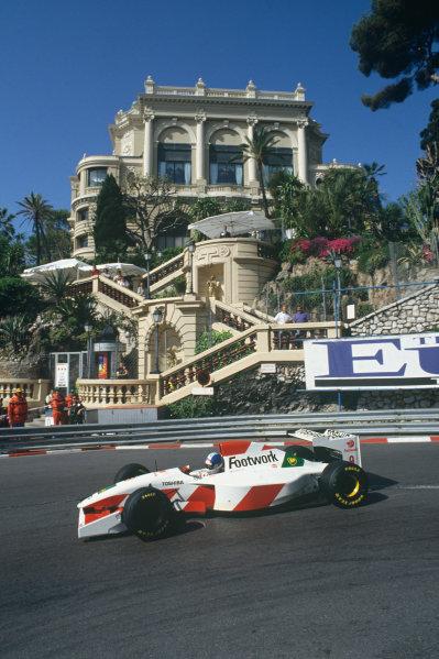 Monte Carlo, Monaco. 20 - 23 May 1993.Derek Warwick (Footwork FA14-Mugen Honda), retired, action. World Copyright: LAT Photographic.Ref:  93MON