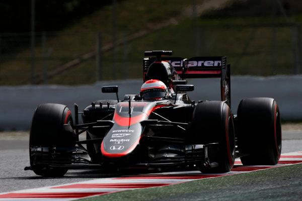 Circuit de Catalunya, Barcelona, Spain. Wednesday 13 May 2015. Jenson Button, McLaren MP4-30 Honda.  World Copyright: Alastair Staley/LAT Photographic. ref: Digital Image _79P5185