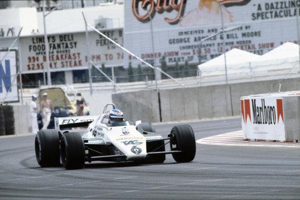 Caesars Palace, Las Vegas, Nevada, USA. 23-25 September 1982. Keke Rosberg (Williams FW08 Ford) 5th position clinching the World Championship. World Copyright - LAT Photographic. ref: 82LV33.