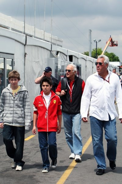 Lance Stroll (CDN) Ferrari Young Driver Academy (second left) with his Father Lawrence Stroll (CDN) Mont Tremblant Race Circuit Owner (right)