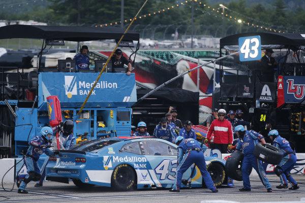 #43: Erik Jones, Richard Petty Motorsports, Chevrolet Camaro Medallion Bank