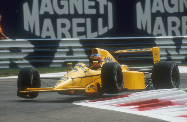 1990 Italian Grand Prix.Monza, Italy.7-9 September 1990.Martin Donnelly (Lotus 102 Lamborghini). He exited the race whilst lying tenth with a blown engine.Ref-90 ITA 02.World Copyright - LAT Photographic