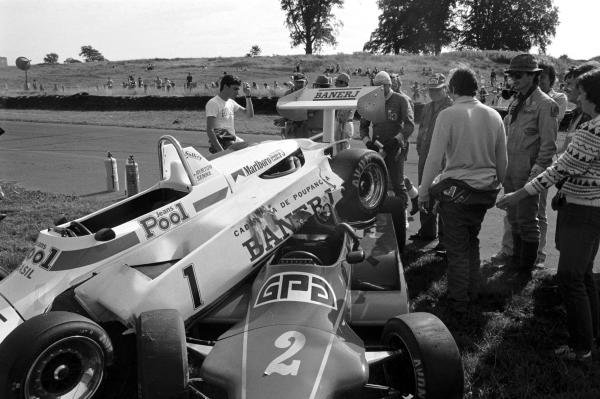 The two Ralt F3 cars of Ayrton Senna(BRA) Car 1 and Martin Brundle(GBR) Car 2 after their coming together. Senna standing in white T shirt, and Brundle with back to camera, right Oulton Park F3, 6 August 1983