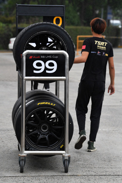 Pirelli tyres being Pushed to the Pits at Audi R8 LMS Cup, Rd7 and Rd8, Shanghai, China, 8-10 September 2017.