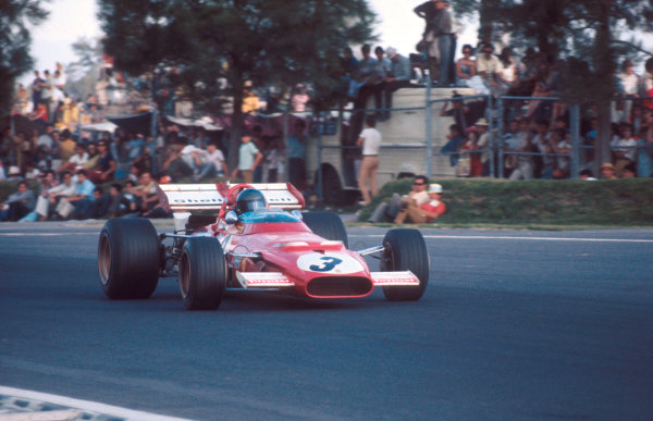 1970 Mexican Grand Prix.Mexico City, Mexico.23-25 October 1970.Jacky Ickx (Ferrari 312B) 1st position.Ref-70 MEX 65.World Copyright - LAT Photographic