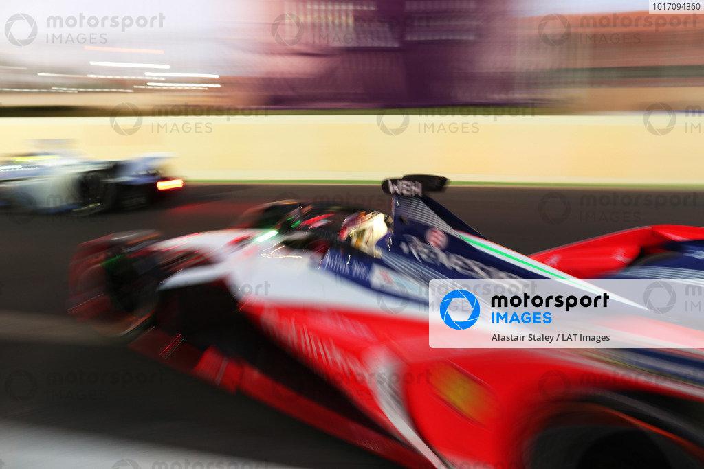 Pascal Wehrlein (DEU), Mahindra Racing, M5 Electro, leaves the garage
