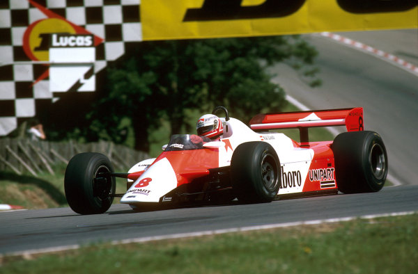 Brands Hatch, England.16-18 July 1982.Niki Lauda (McLaren MP4B Ford) 1st position at Druids.Ref-82 GB 33.World Copyright - LAT Photographic