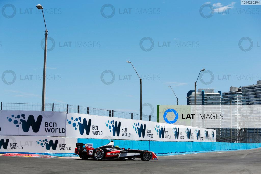 2014 FIA Formula E Championship. Punta del Este ePrix, Uruguay. Bruno Senna (BRA)/Mahindra Racing - Renault Spark ST_01. Photo: Zak Mauger/LAT/FE ref: Digital Image _L0U9664