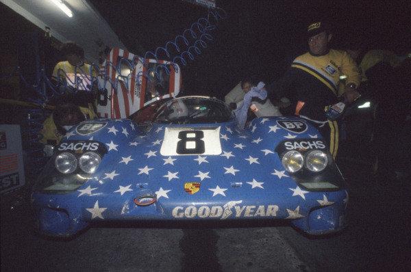 1986 Le Mans 24 Hours. Le Mans, France. 31st May - 1st June. George Follmer/John Morton/Kenper Miller (Joest Porsche 956), 3rd position. World Copyright: Murenbeeld/LAT Photographic ref: 35mm Transparency Image