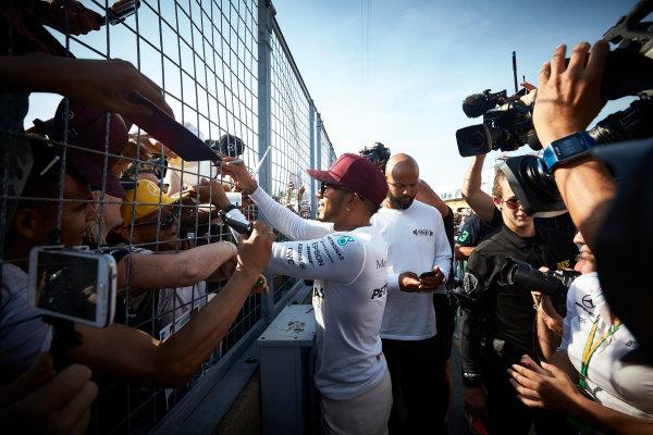 Circuit Gilles Villeneuve, Montreal, Canada. Sunday 11 June 2017. Lewis Hamilton, Mercedes AMG, meets fans and signs autographs. World Copyright: Steve Etherington/LAT Images ref: Digital Imagee SNE10701