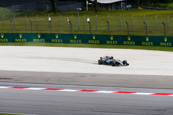 Sepang International Circuit, Sepang, Malaysia. Friday 29 September 2017. Lewis Hamilton, Mercedes F1 W08 EQ Power+, runs off into a gravel trap in FP2. World Copyright: Andy Hone/LAT Images  ref: Digital Image _ONY1915
