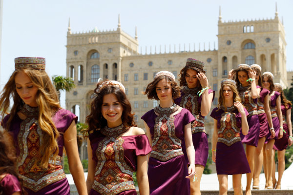 Baku City Circuit, Baku, Azerbaijan. Saturday 18 June 2016. Grid Girls. World Copyright: Steven Tee/LAT Photographic ref: Digital Image _H7I8605