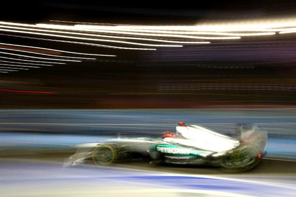 Marina Bay Circuit, Singapore21st September 2012Michael Schumacher, Mercedes F1 W03. World Copyright: Andy Hone/LAT Photographicref: Digital Image HONZ2241