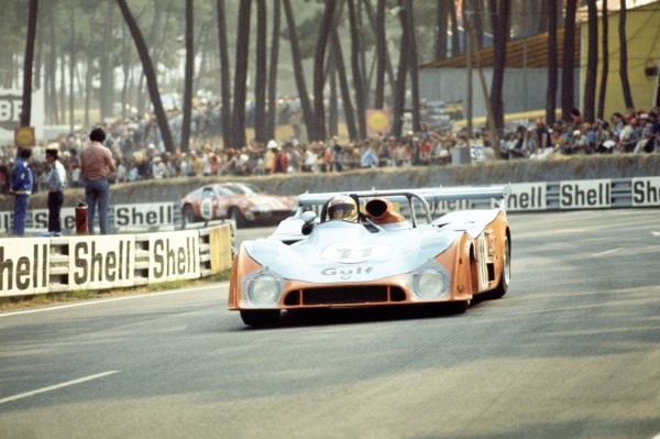 1974 Le Mans 24 hours.Le Mans, France. 15-16 June 1974.Mike Hailwood/Derek Bell (Gulf Mirage GR7-Ford), 4th position.World Copyright: LAT PhotographicRef: 35mm transparency 74LM16