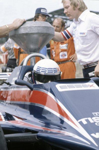 1980 British Grand Prix.Brands Hatch, Great Britain. 11-13 July 1980.Elio de Angelis (Lotus 81-Ford Cosworth), refuelling.World Copyright: LAT PhotographicRef: 35mm transparency 80GB31