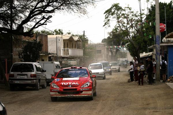 2004 FIA World Rally Champs. Round three, Corona Rally Mexico.11th-14th March 2004.Harri Rovanpera, Peugeot, action.World Copyright: McKlein/LAT