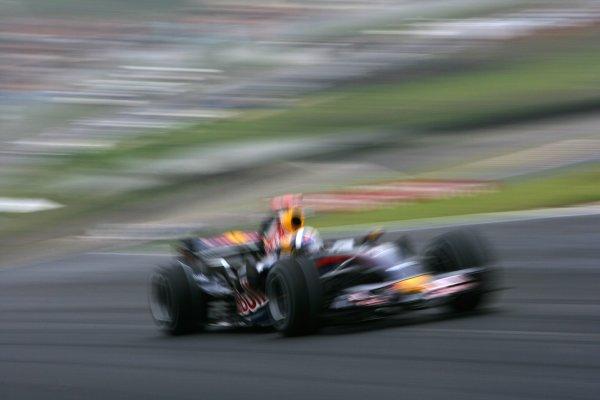 2007 Brazilian Grand Prix - Friday PracticeInterlagos, Sao Paulo, Brazil19th October 2007.David Coulthard, Red Bull Racing RB3 Renault. Action. World Copyright: Glenn Dunbar/LAT Photographicref: Digital Image ZP9O1548