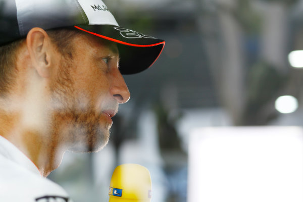Sepang International Circuit, Sepang, Malaysia. Thursday 29 September 2016. Jenson Button, McLaren. World Copyright: Steven Tee/LAT Photographic ref: Digital Image _O3I9452