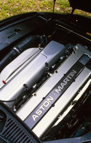 Aston Martin DB7 Volante.