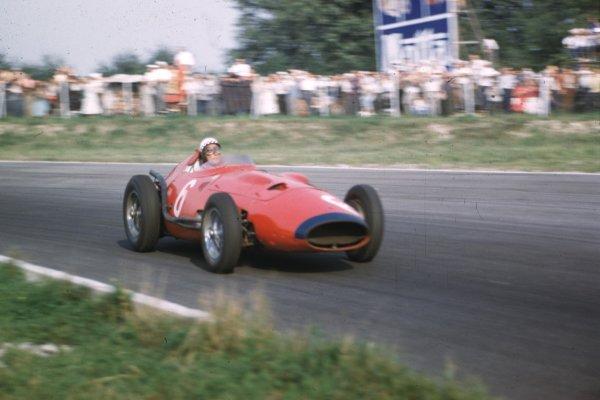 1957 Italian Grand Prix.Monza, Italy.6-8 September 1957.Jean Behra (Maserati 250F V12).Ref-57 ITA 22.World Copyright - LAT Photographic