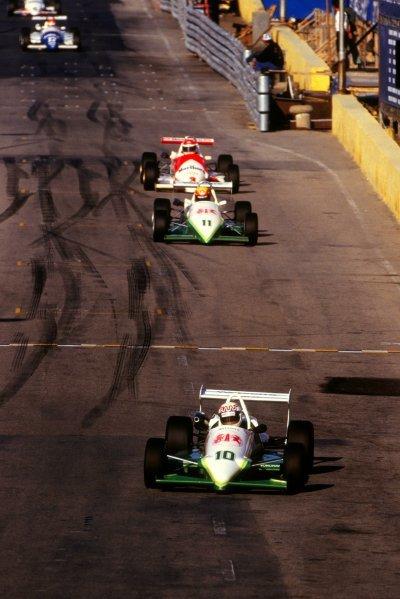 Race winner Andy Wallace (GBR), Madgwick Motorsport Reynard 863-Volkswagen.Macau Formula 3 Grand Prix, Macau, Hong Kong, November 1986.