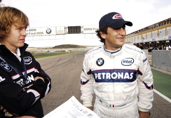 Alessandro Zanardi (ITA), right, with Sebastien Vettel (GER), BMW Sauber test driver, left.Formula BMW World Final, Valencia, Spain, 24-26 November 2006.DIGITAL IMAGE