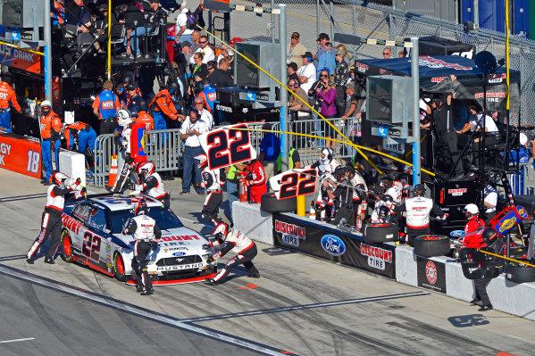 19-20 February, 2016, Daytona Beach, Florida USA Joey Logano makes a pit stop. ?2016, F. Peirce Williams LAT Photo USA