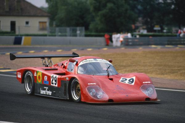 1992 Le Mans 24 Hours. Le Mans, France. 20th - 21st June 1992. Vito Veninata/Stefano Sebastiani/Ranieri Randaccio (Tiga GC288), retired, action.  World Copyright: LAT Photographic.  Ref:  92LM32.
