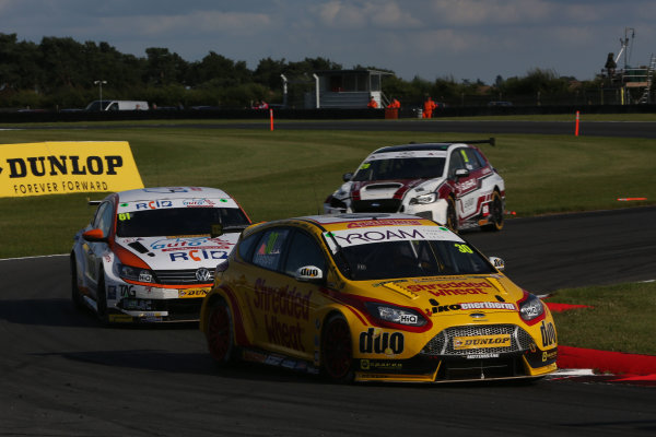 2017 British Touring Car Champinship, Snetterton. 29th-30th July 2017, Martin Depper (GBR) Team Shredded Wheat Racing with Duo Ford Focus World copyright. JEP/LAT Photographic