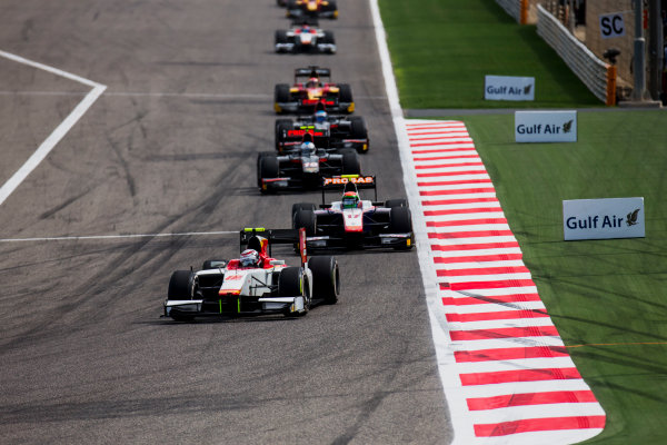 2017 FIA Formula 2 Round 1. Bahrain International Circuit, Sakhir, Bahrain.  Sunday 16 April 2017. Stefano Coletti (MON, Campos Racing), Sergio Canamasas (ESP, Trident)  Photo: Zak Mauger/FIA Formula 2. ref: Digital Image _X0W4839