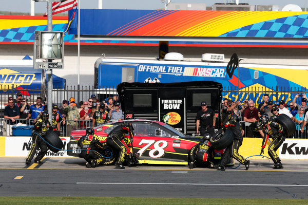 Monster Energy NASCAR Cup Series Monster Energy NASCAR All-Star Race Charlotte Motor Speedway, Concord, NC USA Friday 19 May 2017 Martin Truex Jr, Furniture Row Racing, 5-hour Energy Extra Strength Toyota Camry World Copyright: Matthew T. Thacker LAT Images ref: Digital Image 17CLT1mt1359