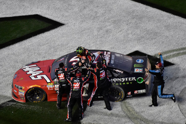 2017 NASCAR Monster Energy Cup Series - Daytona 500 Daytona International Speedway, Daytona Beach, FL USA Sunday 26 February 2017 Kurt Busch celebrates his win World Copyright: Nigel Kinrade/LAT Images  ref: Digital Image 17DAY2nk13894