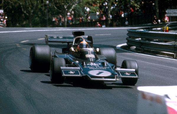 1973 Spanish Grand Prix.Monjuich Park, Barcelona, Spain.27-29 April 1973.Emerson Fittipaldi (Lotus 72E Ford) 1st position.Ref-73 ESP 06.World Copyright - LAT Photographic