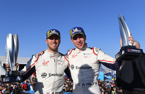 Sam Bird (GBR), Envision Virgin Racing, 3rd position, and Robin Frijns (NLD), Envision Virgin Racing, 2nd position, with their trophies