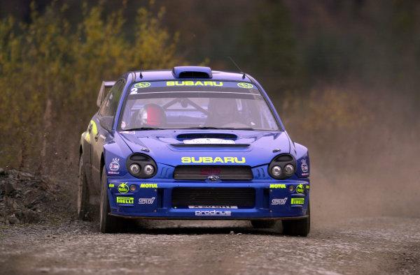 2001 FIA World Rally Championship.Rally of Great Britain. Cardiff, Wales. November 22-25, 2001.Richard Burns on Stage 6 - Halfway.Photo: Ralph Hardwick/LAT