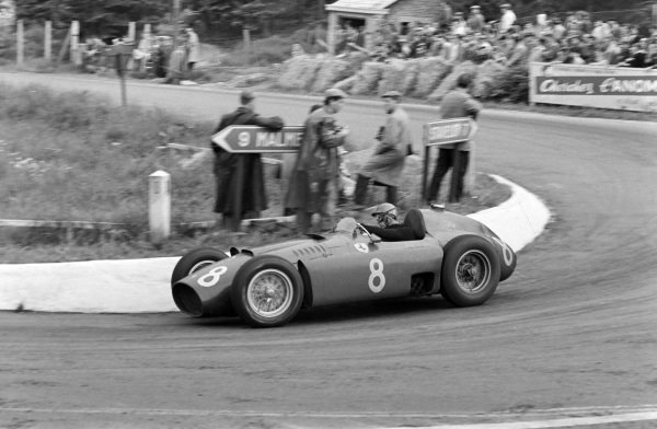 Peter Collins, Ferrari D50.