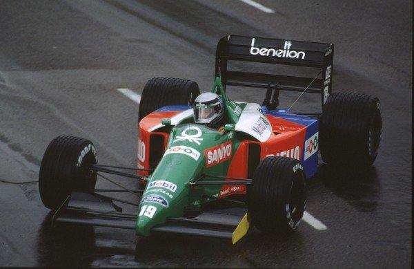 1990 United States Grand Prix.Phoenix, Arizona, USA.9-11 March 1990.Alessandro Nannini (Benetton B189B Ford) 11th position.World Copyright - LAT Photographic