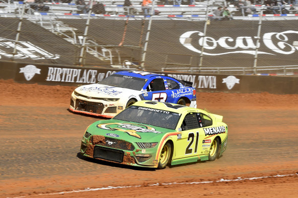 #21: Matt DiBenedetto, Wood Brothers Racing, Ford Mustang Menards/Quaker State, #53: J.J. Yeley, Rick Ware Racing, Chevrolet Camaro