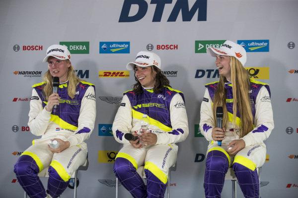 Jamie Chadwick (GBR) with Beitske Visser (NLD) and Fabienna Wohlwend (LIE) in the press conference