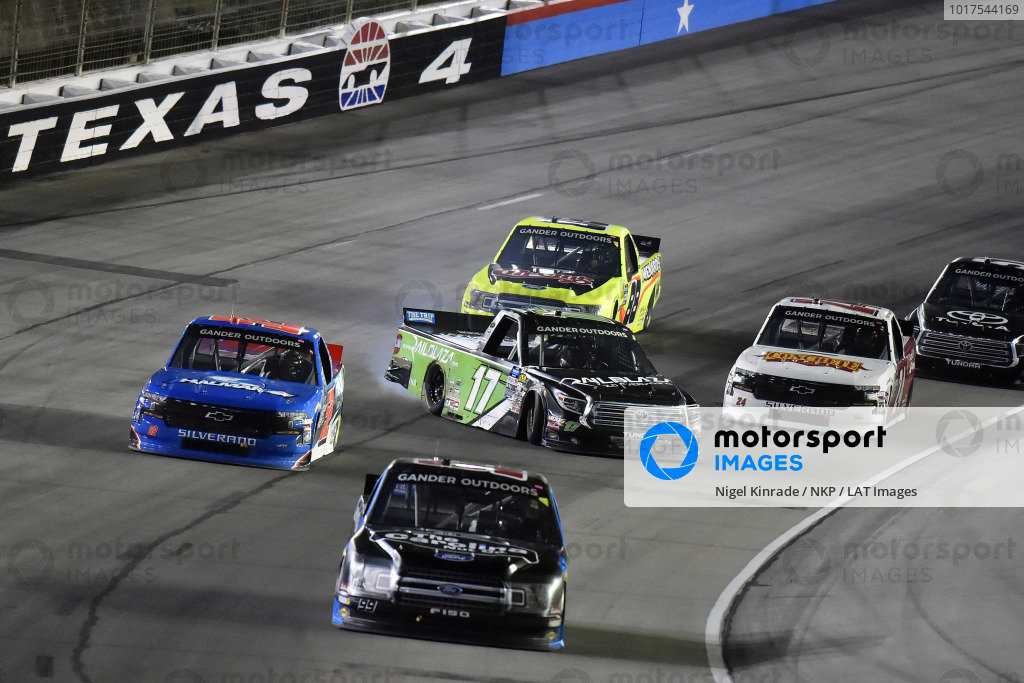 #17: Tyler Ankrum, DGR-Crosley, Toyota Tundra RAILBLAZA spins
