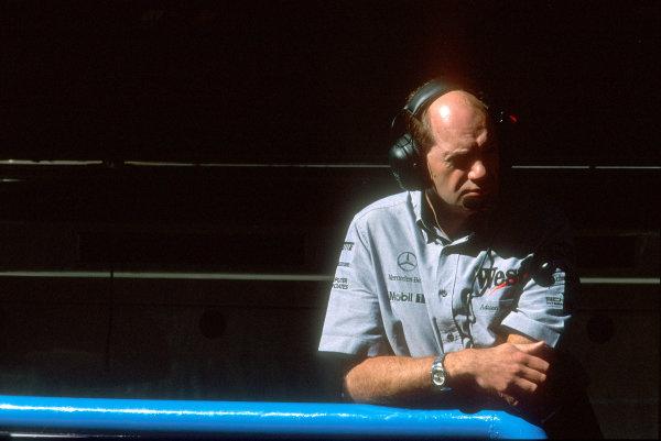 2000 Italian Grand Prix.Monza, Italy.8-10 September 2000.McLaren Technical Director Adrian Newey.World Copyright - Steven Tee/LAT Photographicref: 35mm Image