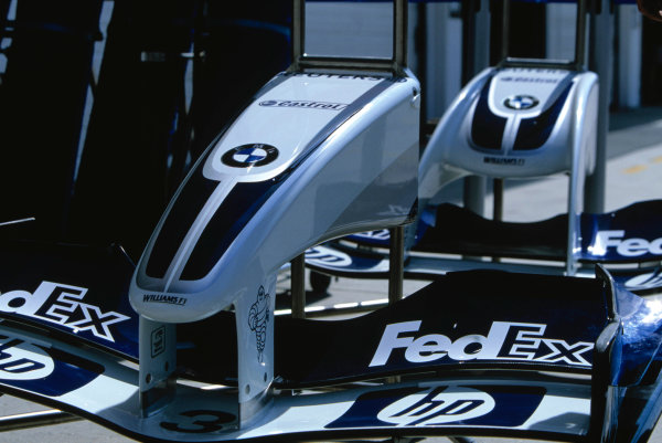 2004 Hungarian Grand Prix Hungaroring, Hungary. 13th - 15th August. The new nose for the FW26.World Copyright:Michael Cooper/LAT Photographic Ref:35mm Image:A01
