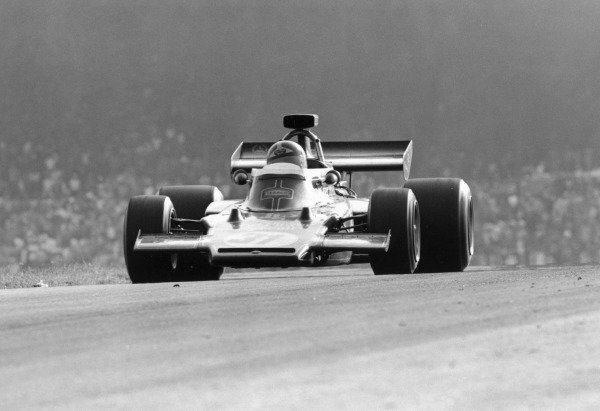 1972 Austrian Grand Prix.Osterreichring, Zeltweg, Austria. 13 August 1972.Emerson Fittipaldi (Lotus 72D-Ford Cosworth), 1st position. Ref-4711 #38A.World Copyright - LAT Photographic