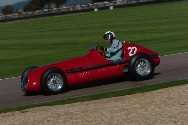2004 Goodwood Revival MeetingGoodwood, England. 3rd - 5th September 2004.Goodwood Trophy for GP, F2 and F Libre 1948 - 1954.Willie Green (Maserati 4CLT), action.World Copyright: Jeff Bloxham/LAT Photographicref: Digital Image Only