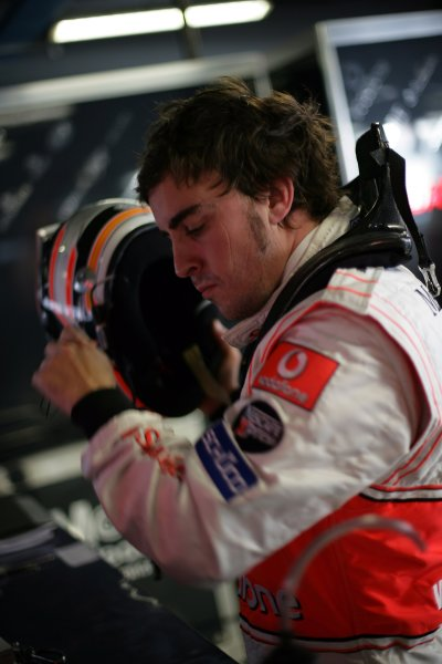 2007 Italian Grand Prix - Friday PracticeAutodromo di Monza, Monza, Italy.7th September 2007.Fernando Alonso, McLaren MP4-22 Mercedes. Portrait. Helmets. World Copyright: Steven Tee/LAT Photographicref: Digital Image YY2Z8277