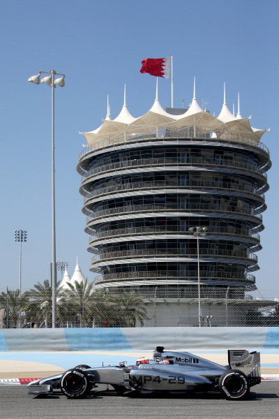 Kevin Magnussen (DEN) McLaren MP4-29. Formula One Testing, Day One, Bahrain International Circuit, Sakhir, Bahrain, Wednesday 19 February 2014.