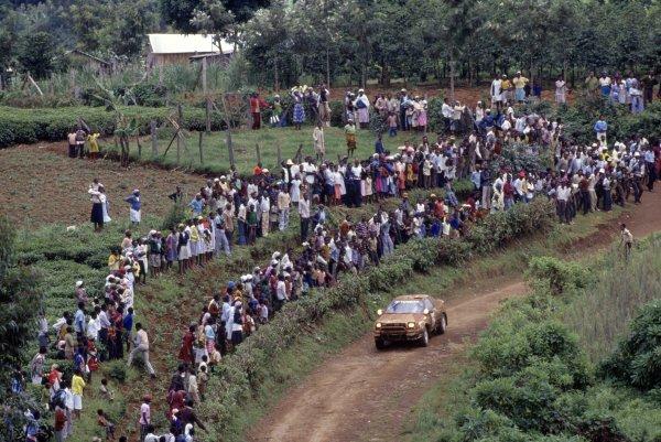 1990 World Rally Championship.Safari Rally, Kenya. 11-16 April 1990.Carlos Sainz/Luis Moya (Toyota Celica GT4), 4th position.World Copyright: LAT PhotographicRef: 35mm transparency 90RALLY09